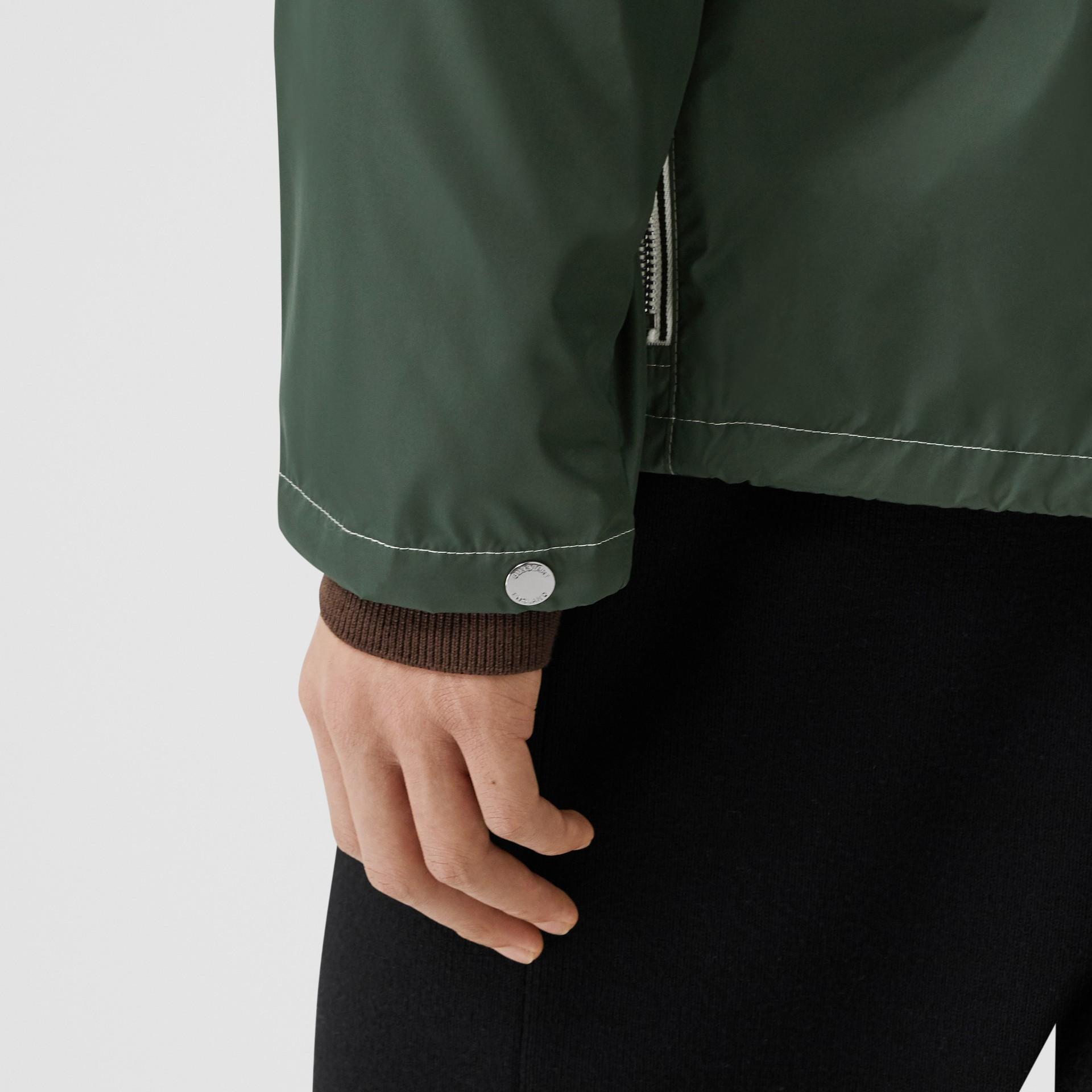 Logo Graphic Packaway Lightweight Hooded Jacket in Dark Pine Green - Men | Burberry Canada - gallery image 4