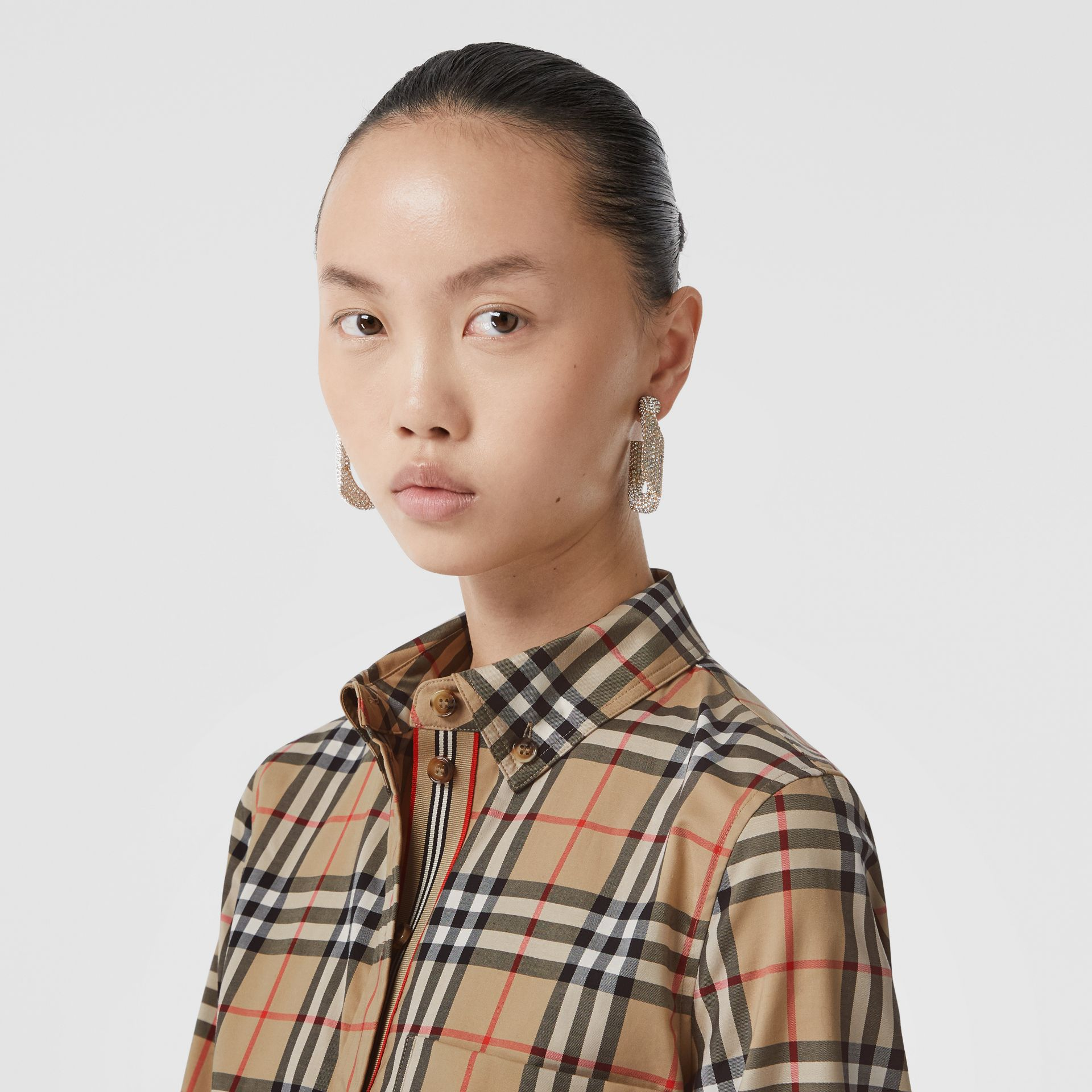 Button-down Collar Vintage Check Stretch Cotton Shirt in Archive Beige - Women | Burberry - gallery image 4