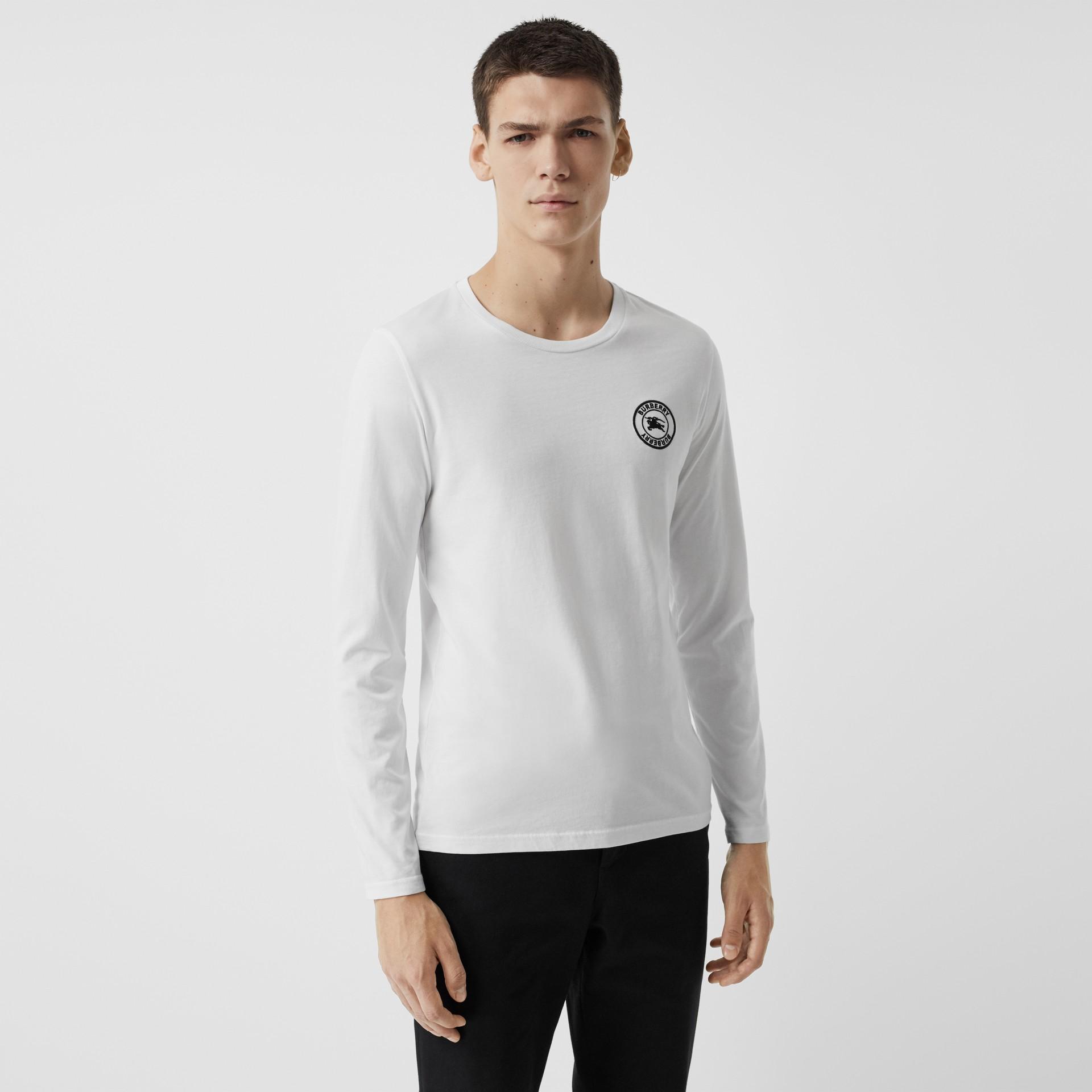 Camiseta de algodão com mangas longas e logotipo bordado (Branco) - Homens | Burberry - galeria de imagens 0
