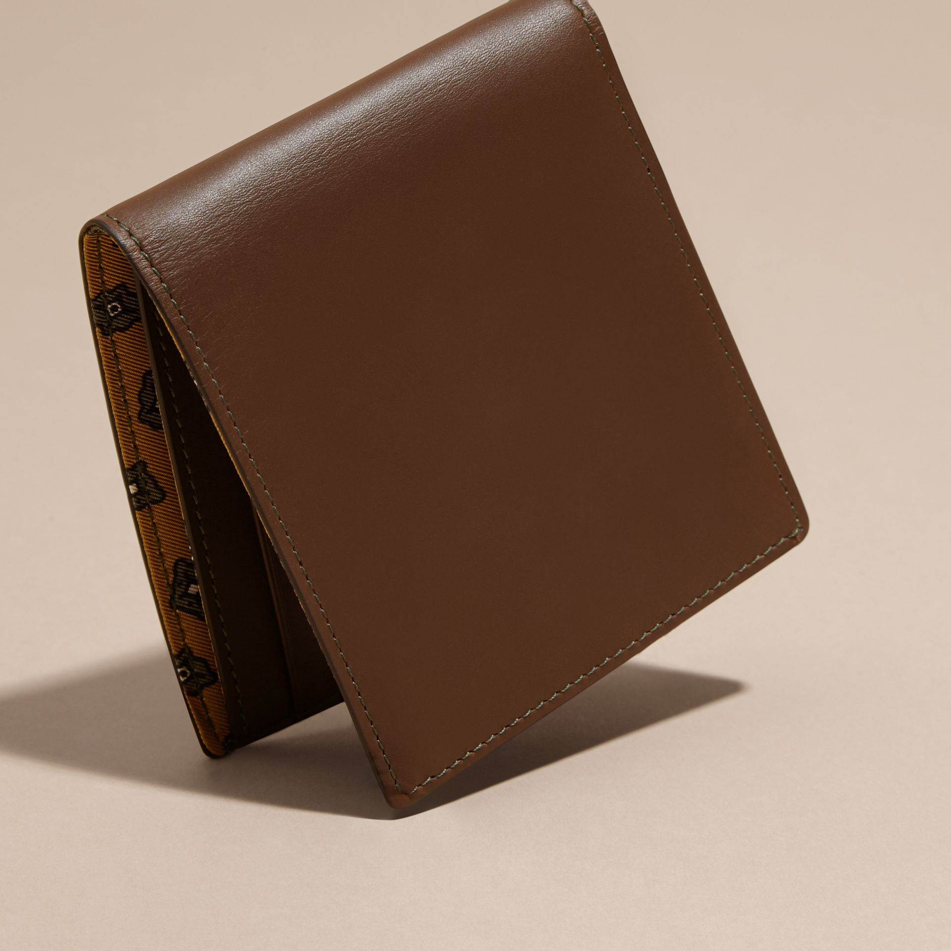 Sepia brown Smooth Leather Folding Wallet Sepia Brown - gallery image 4