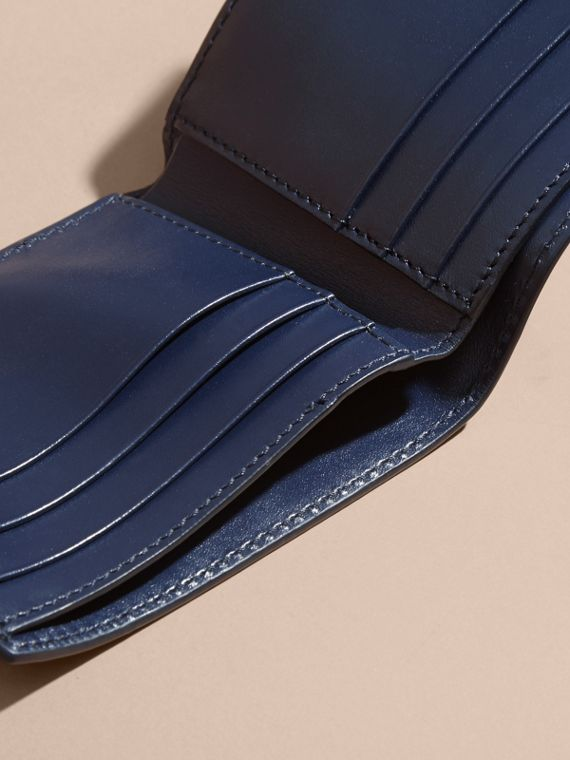 London Leather Bifold Wallet in Dark Navy | Burberry - cell image 3