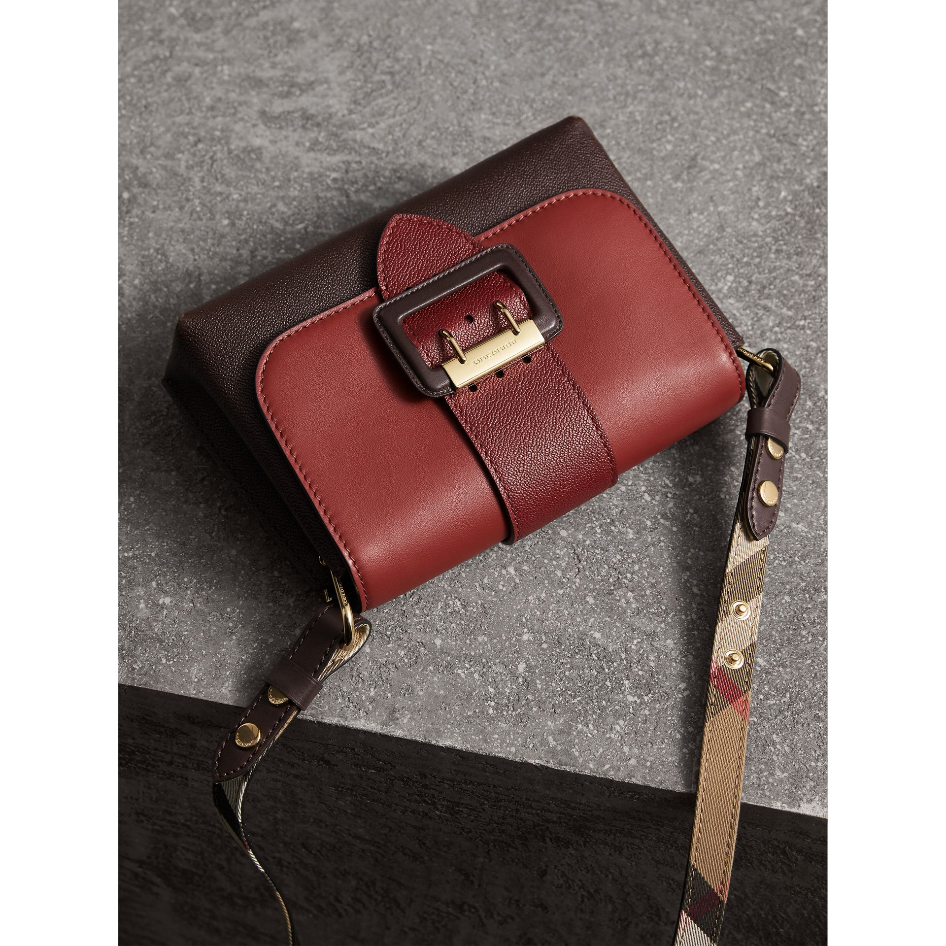 The Buckle Crossbody Bag in Colour-block Leather in Burgundy - Women | Burberry - gallery image 7