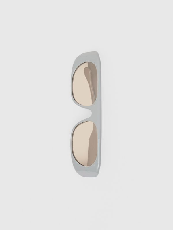 Blake Sunglasses in Grey | Burberry Australia - cell image 3