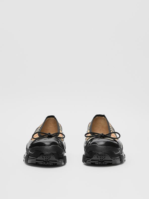 Overshoe Detail Vintage Check Cotton Flats in Archive Beige - Women | Burberry United States - cell image 2