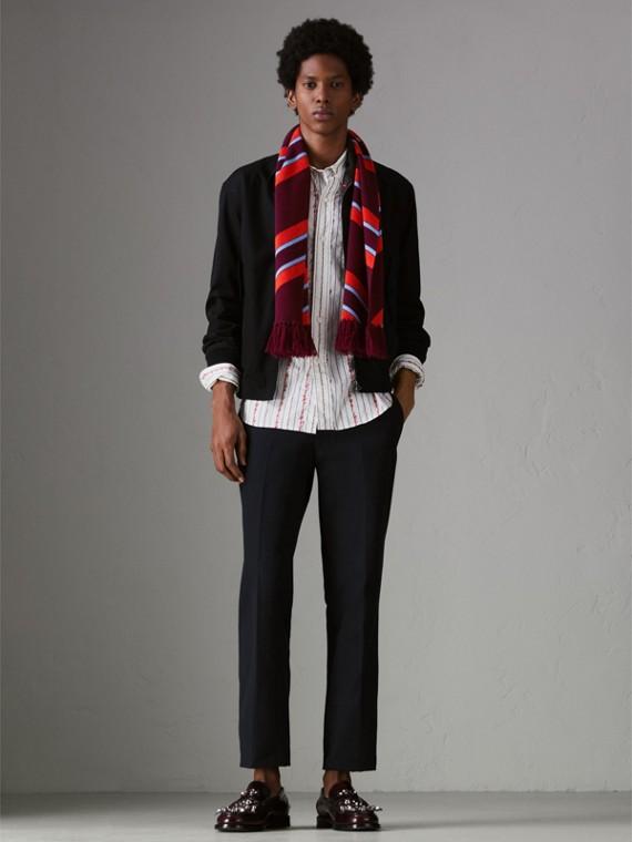 Bufanda tricolor a rayas en lana y cachemir (Borgoña) | Burberry - cell image 3