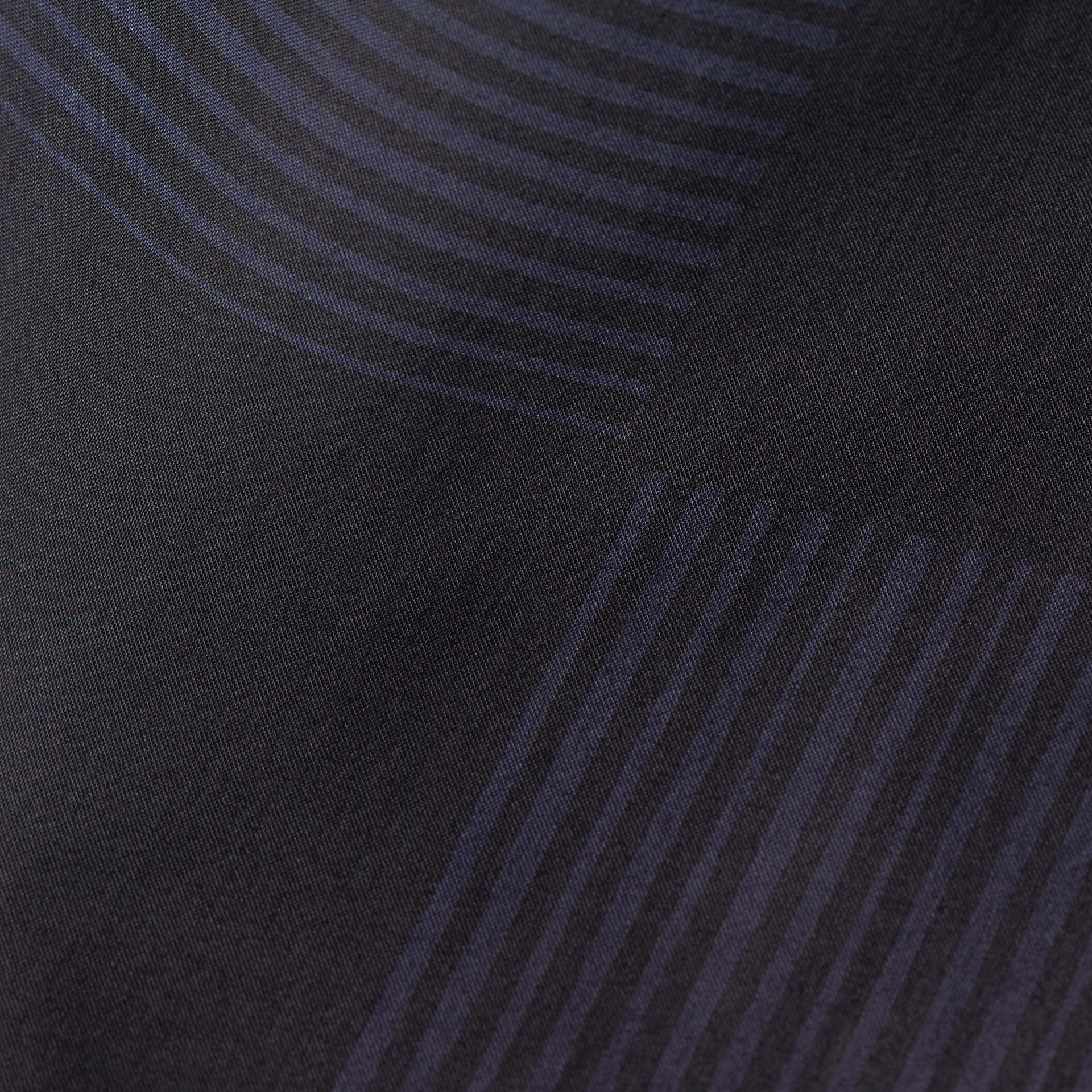 海軍藍 格紋棉質襯衫 海軍藍 - 圖庫照片 2
