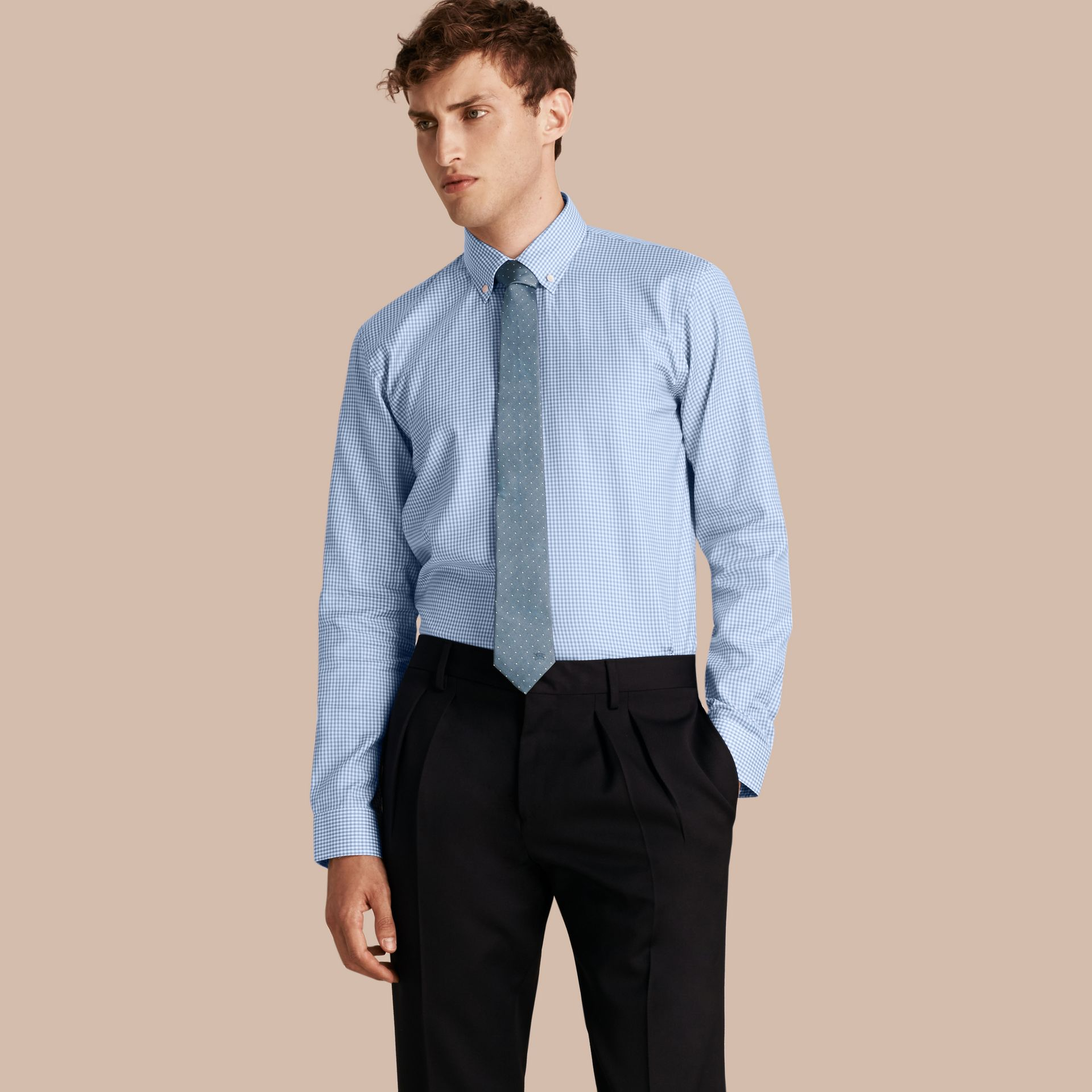 Bleu moyen Chemise moderne en coton à motif check avec col boutonné Bleu Moyen - photo de la galerie 1