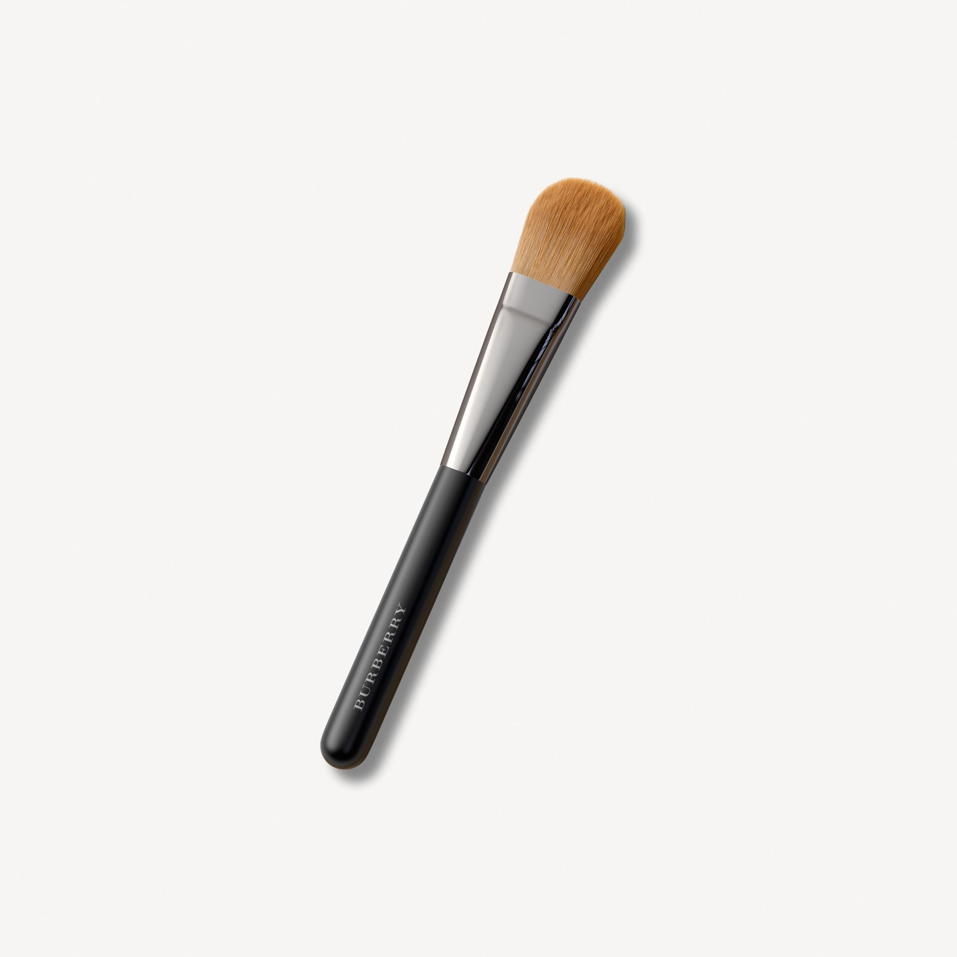 Foundation Brush No.04 - Women | Burberry United States - gallery image 0