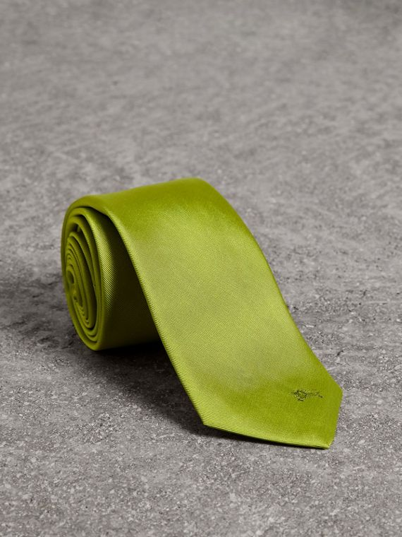 Modern Cut Silk Tie in Bright Lime