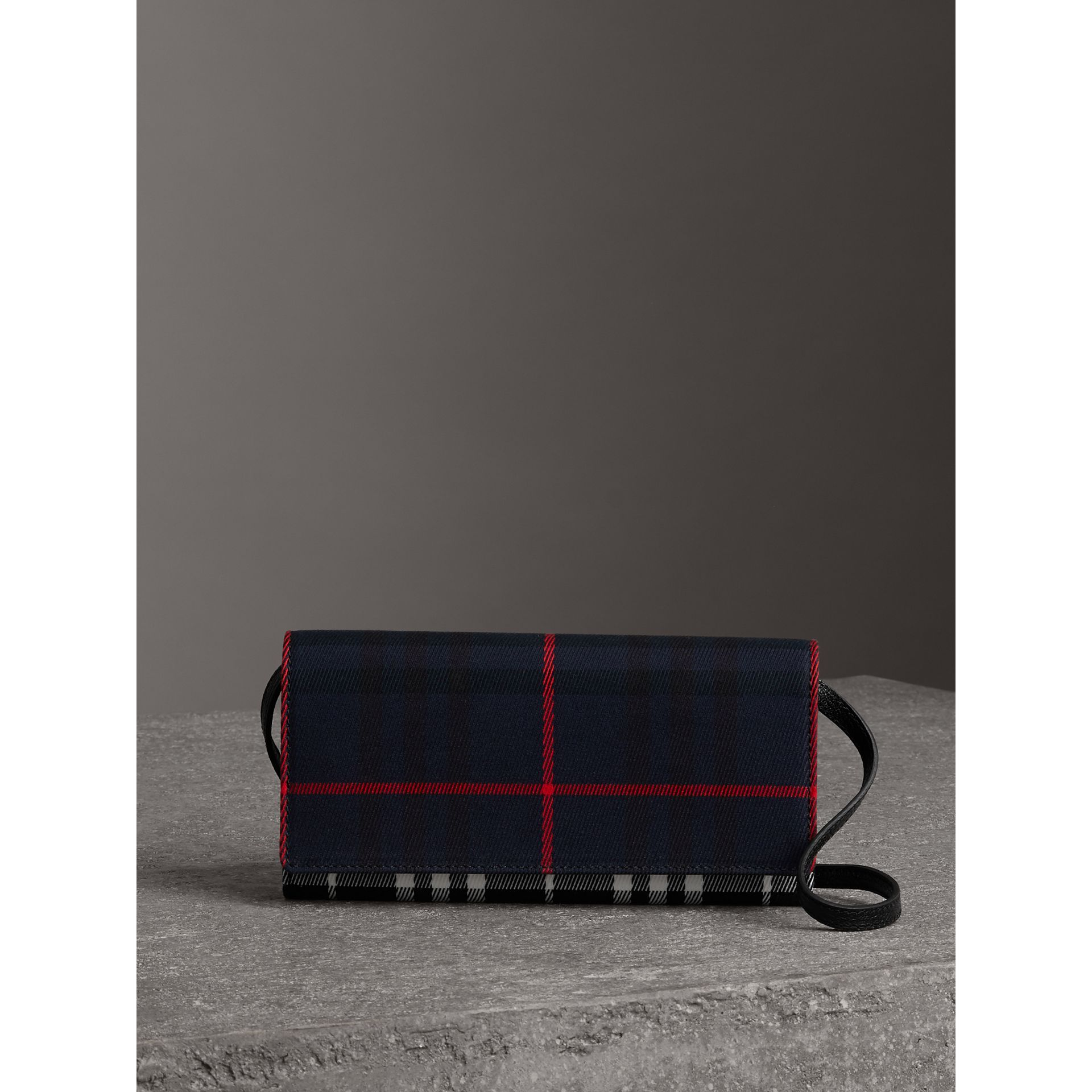 Tartan Cotton and Leather Wallet with Chain in Deep Navy/black - Women | Burberry - gallery image 6