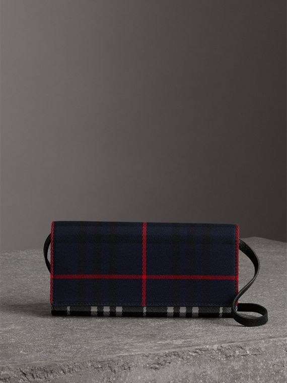 Tartan Cotton and Leather Wallet with Chain in Deep Navy/black