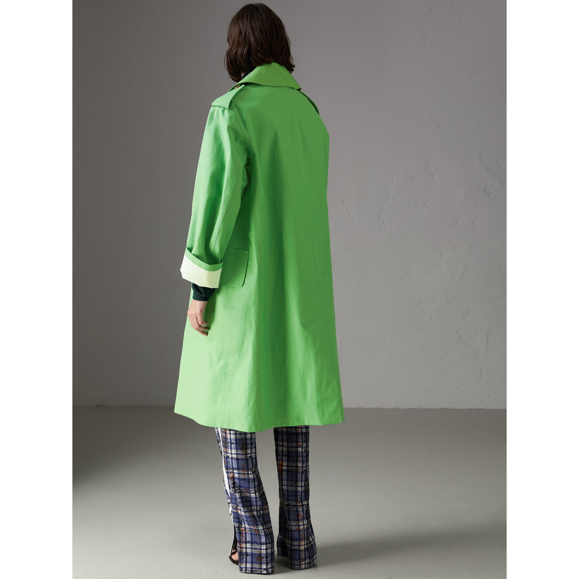 Bonded Cotton Double-breasted Coat in Bright Pigment Green - Women | Burberry - gallery image 2