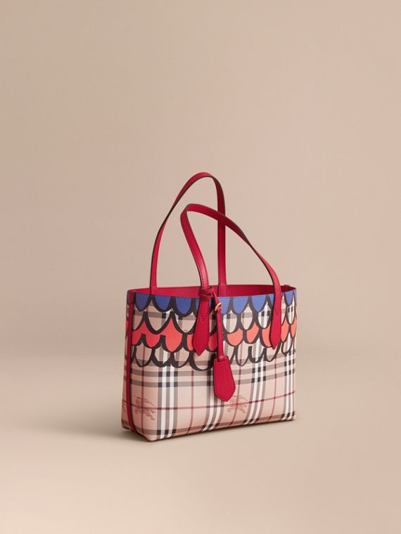 The Small Reversible Tote in Trompe L'oeil Print - Women | Burberry