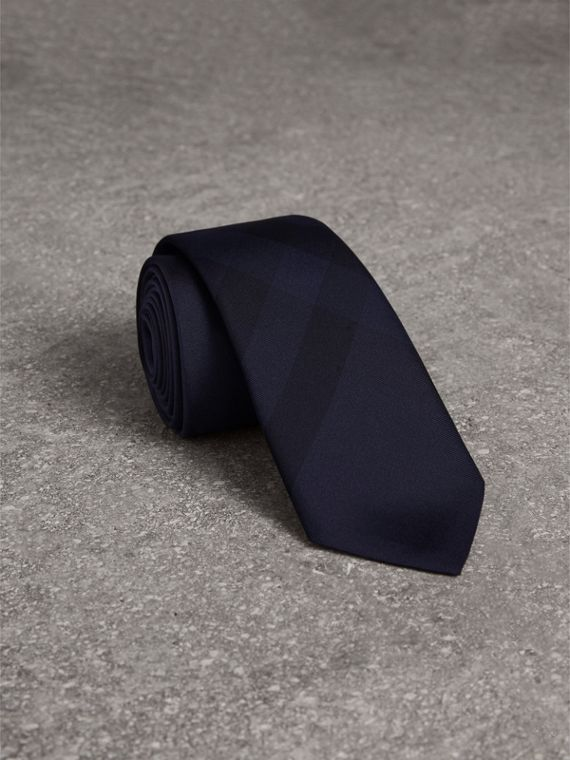 Slim Cut Check Silk Tie in Navy