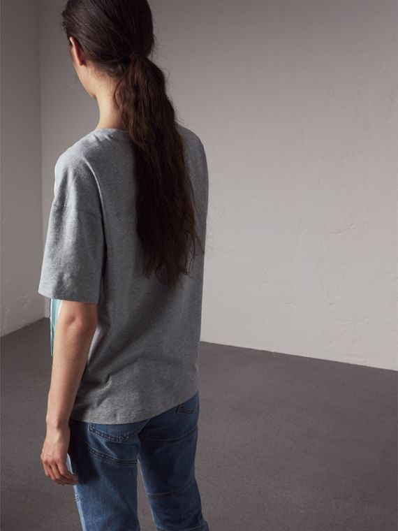 Beasts Print Silk Panel Cotton T-shirt in Pale Grey Melange - Women | Burberry Canada - cell image 2
