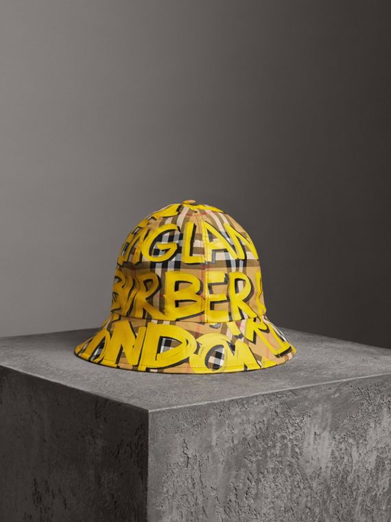 Graffiti Print Vintage Check Bucket Hat in Bright Yellow/antique Yellow
