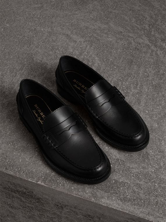 Mocasines de antifaz en piel (Negro)
