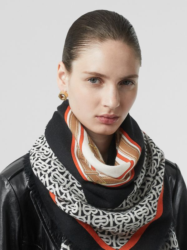 Archive Scarf Print Cashmere Large Square Scarf in Black | Burberry - cell image 2