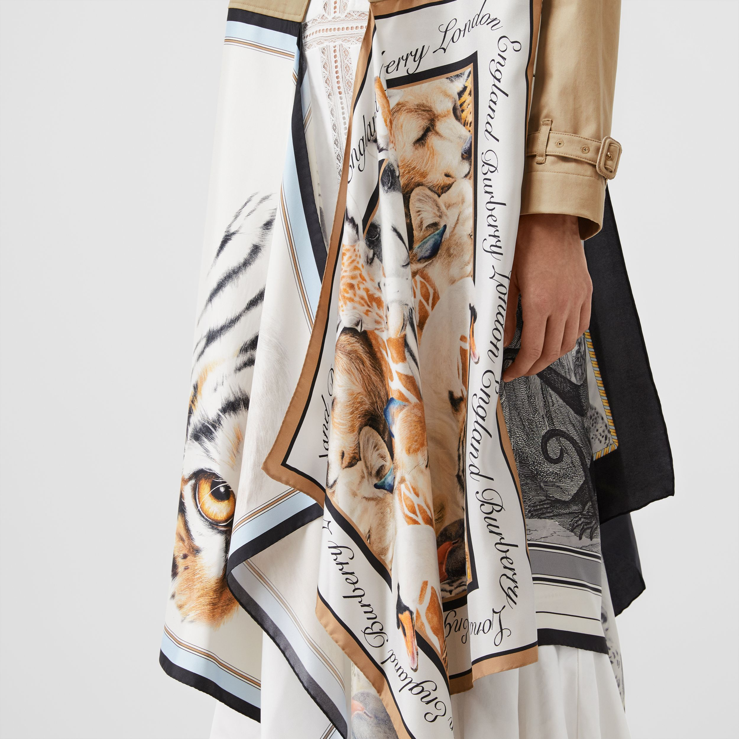 Animalia Print Cotton Twill Trench Coat in Soft Fawn - Women | Burberry - 4