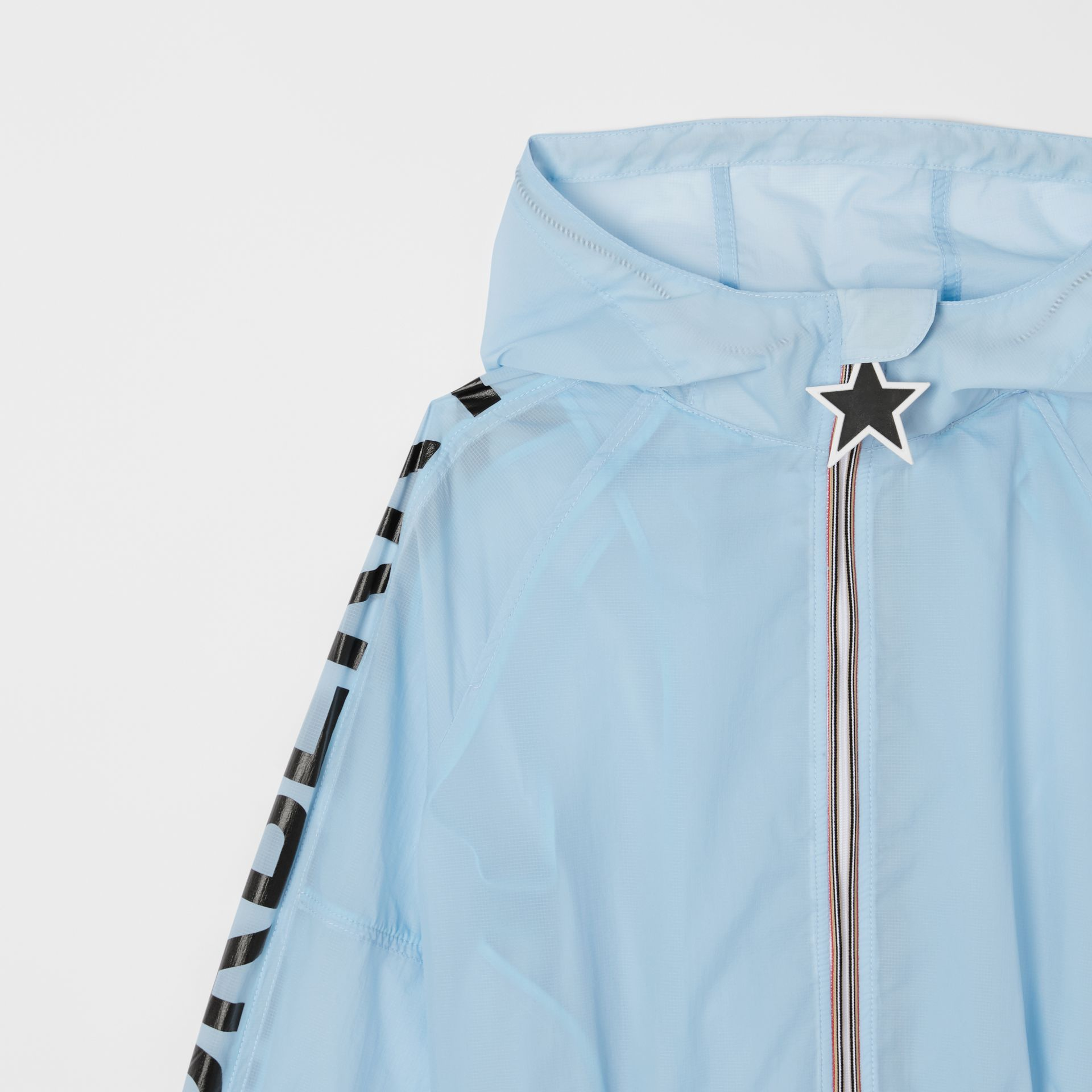 Star Detail Logo Print Lightweight Hooded Jacket in Light Blue | Burberry - gallery image 5