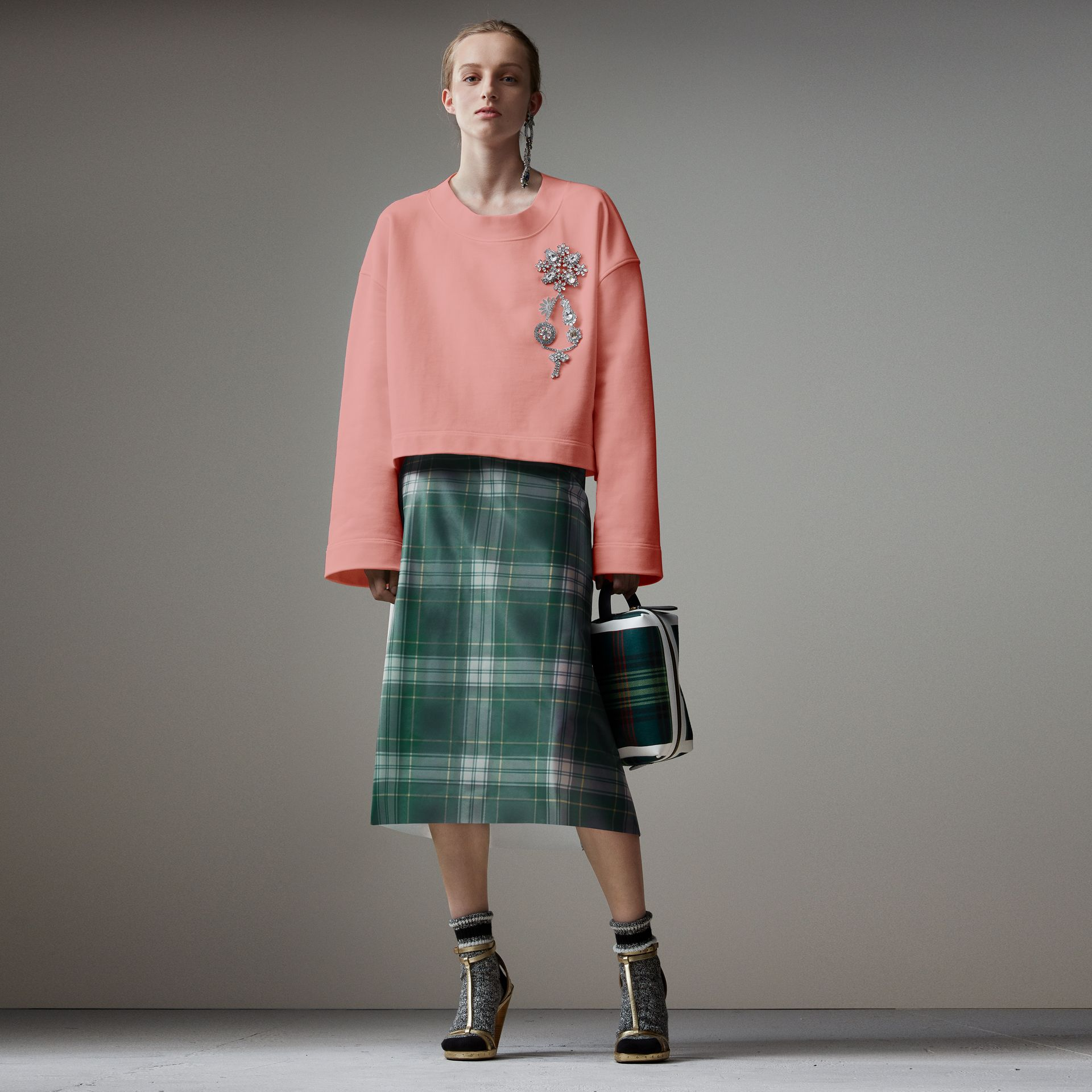 Cropped Sweatshirt with Crystal Brooch in Vintage Rose - Women | Burberry Australia - gallery image 0