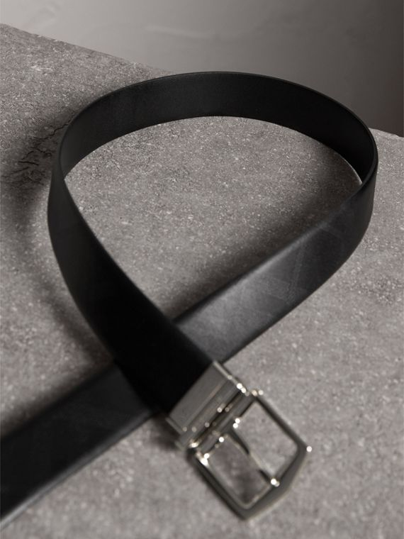 Reversible Embossed Check Leather Belt in Black - Men | Burberry - cell image 2