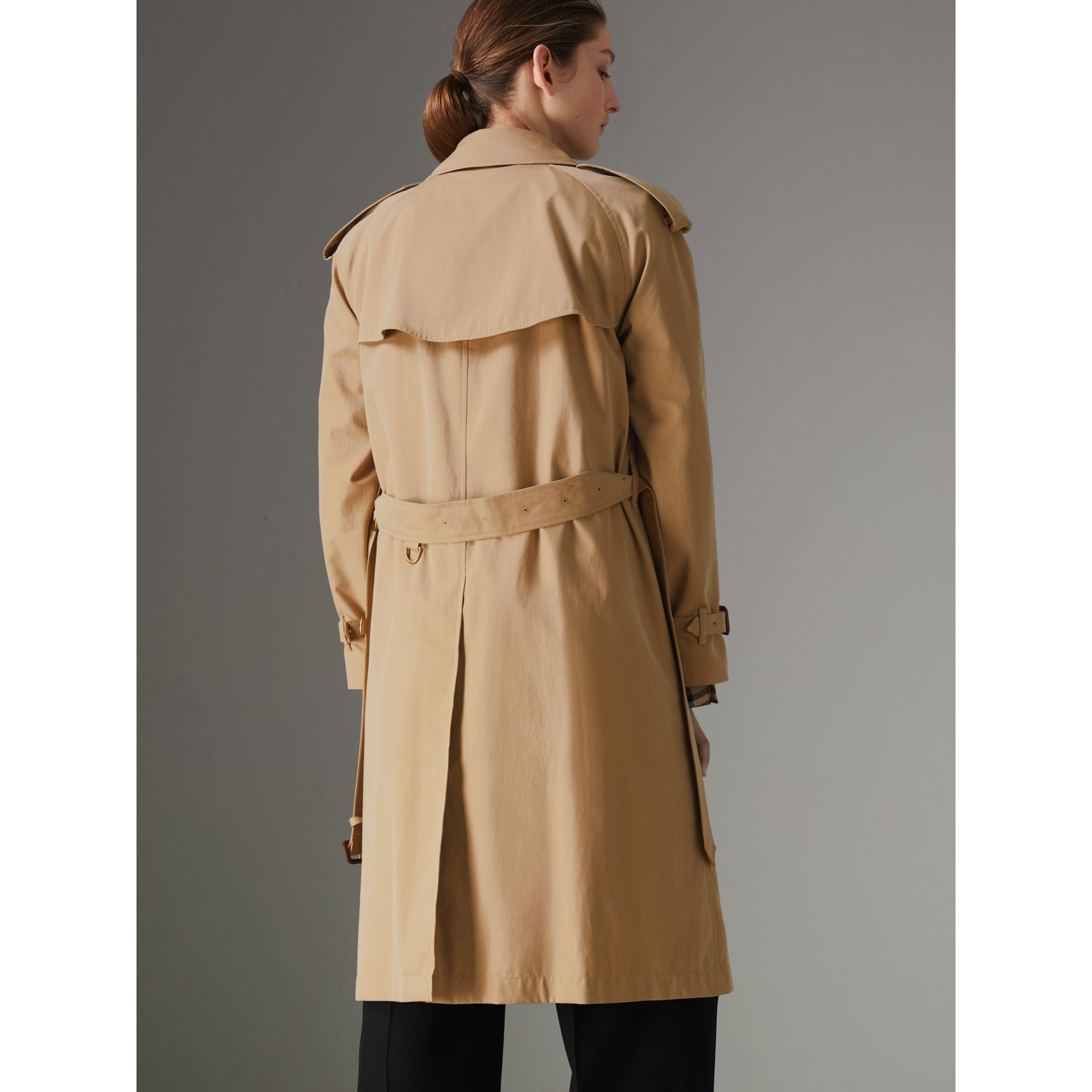 The Westminster Heritage Trench Coat in Honey - Women | Burberry - gallery image 2