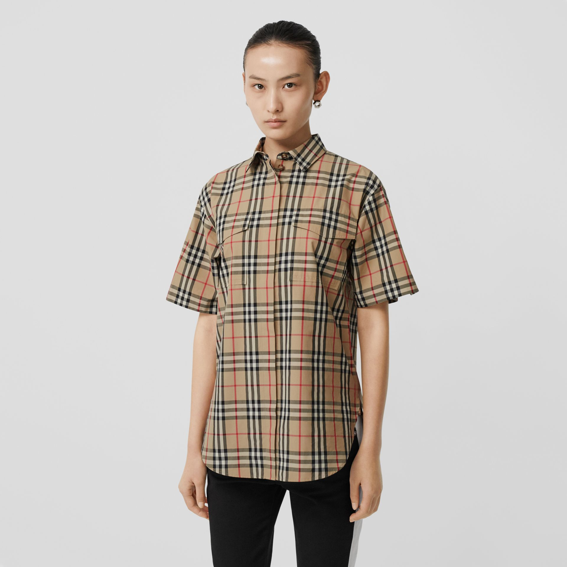 Short-sleeve Vintage Check Cotton Oversized Shirt in Archive Beige - Women | Burberry Canada - gallery image 4