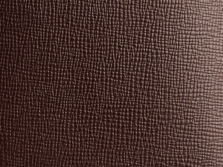 Wine London Leather Passport Cover Wine - cell image 1