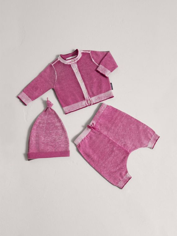 Cashmere Cotton Three-piece Baby Gift Set in Plum Pink | Burberry - cell image 2