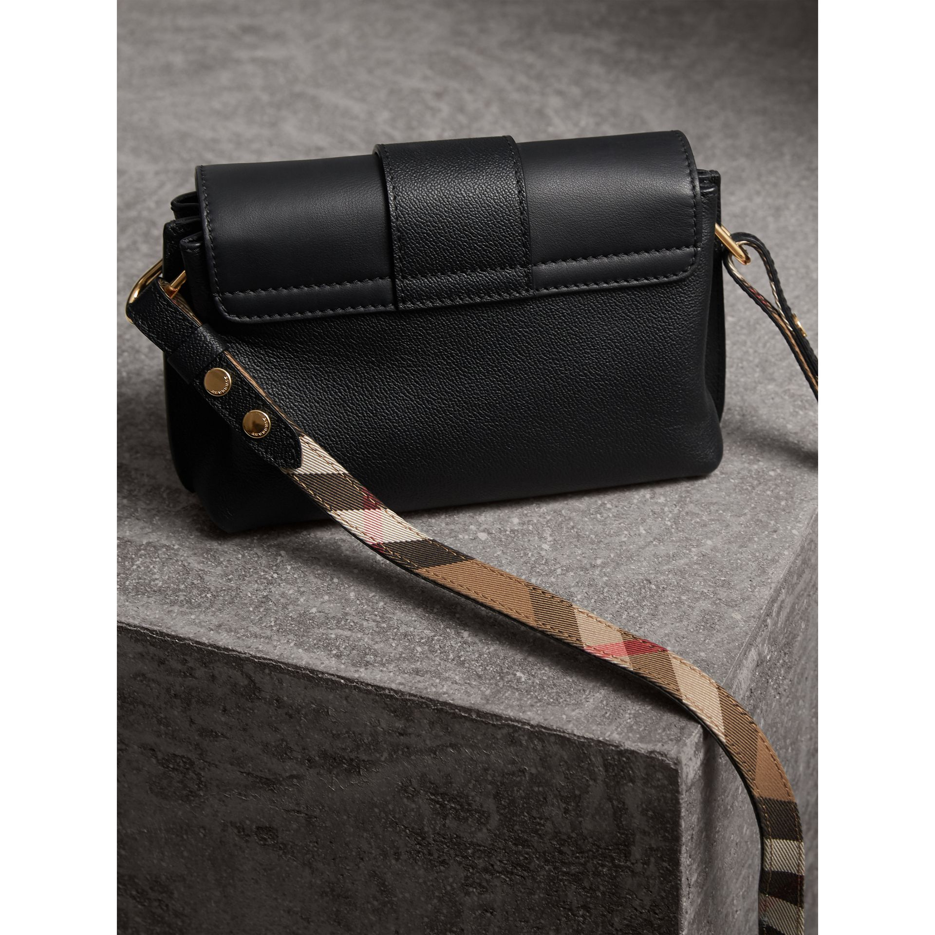 The Buckle Crossbody Bag in Leather in Black - Women | Burberry - gallery image 3