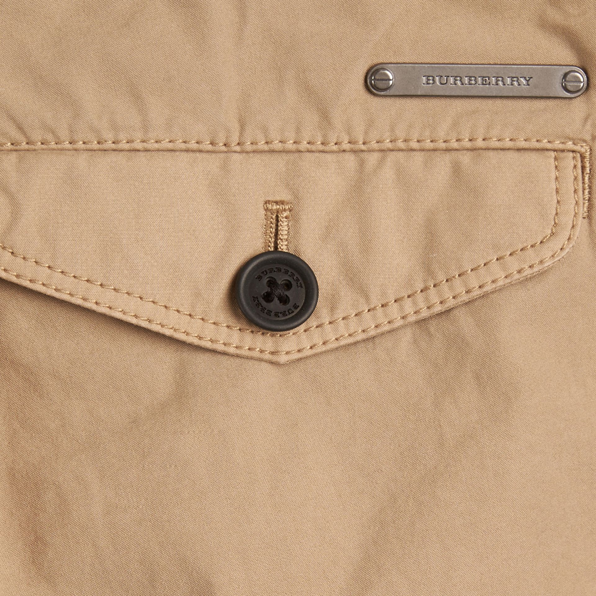 Miel Pantalon chino léger en sergé de coton - photo de la galerie 2