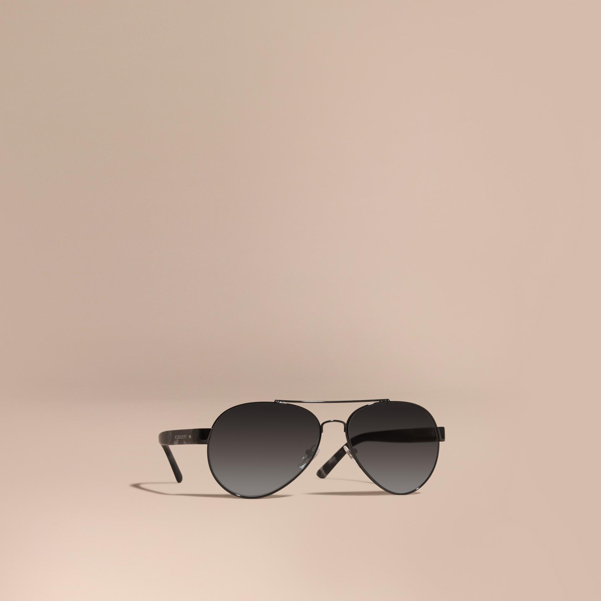 320f23e1116f Солнцезащитные очки-авиаторы (Черный) - Для мужчин   Burberry - изображение  0