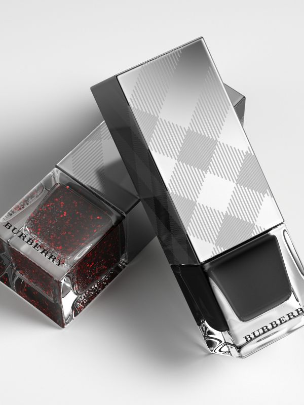 Nail Polish - Poppy Black No.299 - Women | Burberry Australia - cell image 2