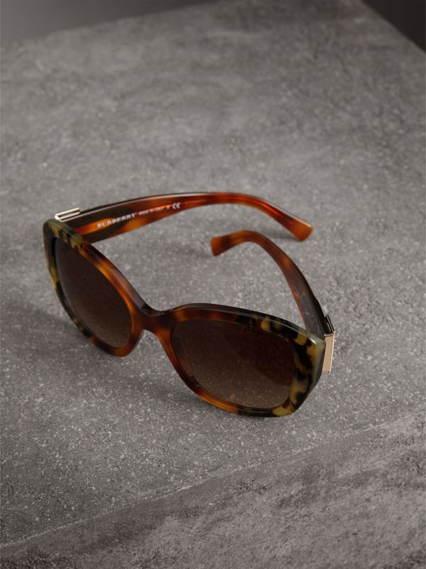Buckle Detail Oversize Square Frame Sunglasses in Dark Ochre - Women | Burberry United Kingdom - cell image 2