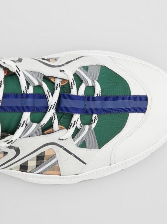 スエード ヴィンテージチェック&ナイロン ユニオン スニーカー (アーカイブベージュ) - メンズ | バーバリー - cell image 1