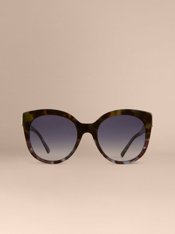 Buckle Detail Cat-eye Frame Sunglasses in Apple Green - Women | Burberry Canada - cell image 2