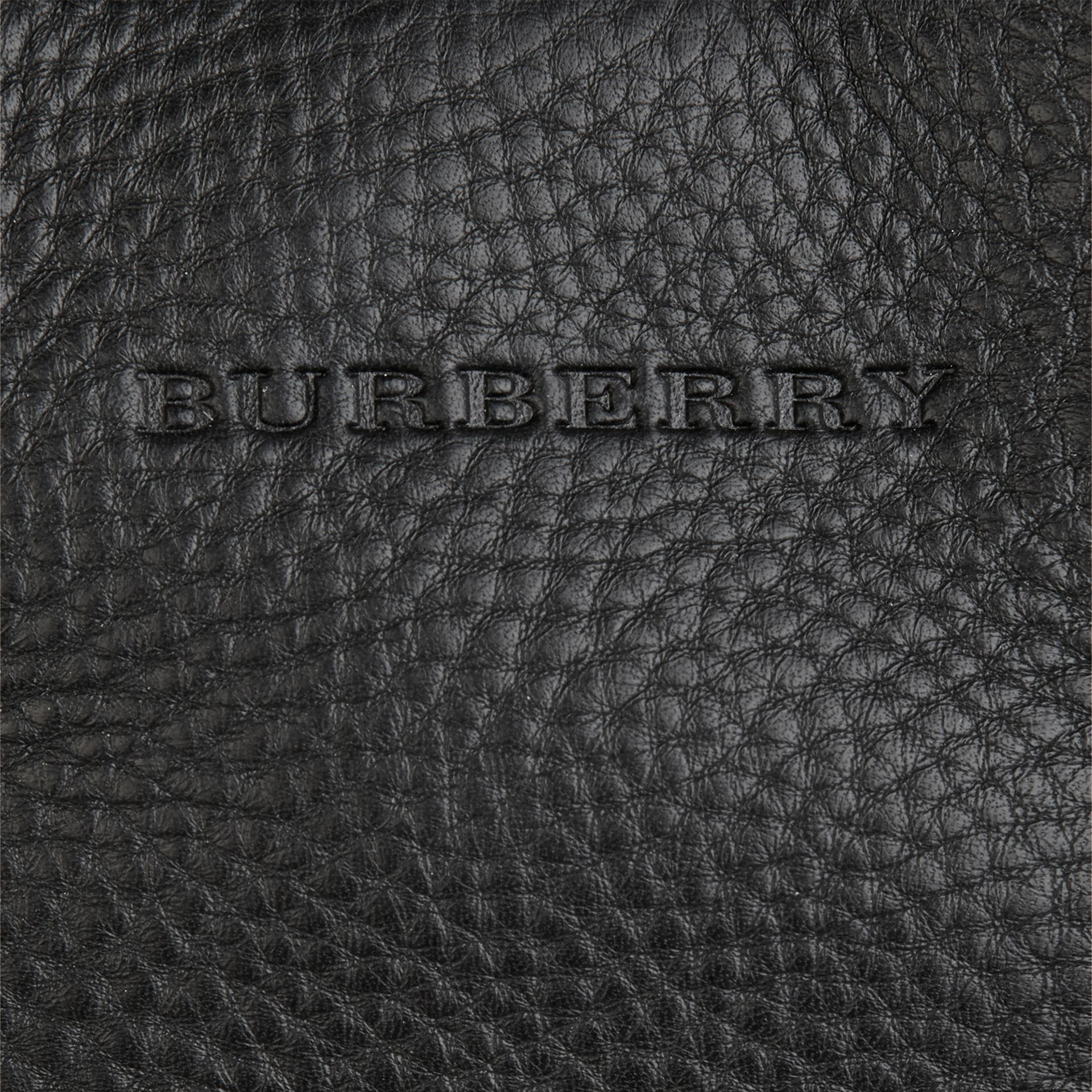 Черный Сумка-тоут из кожи со вставками в клетку Черный - изображение 2