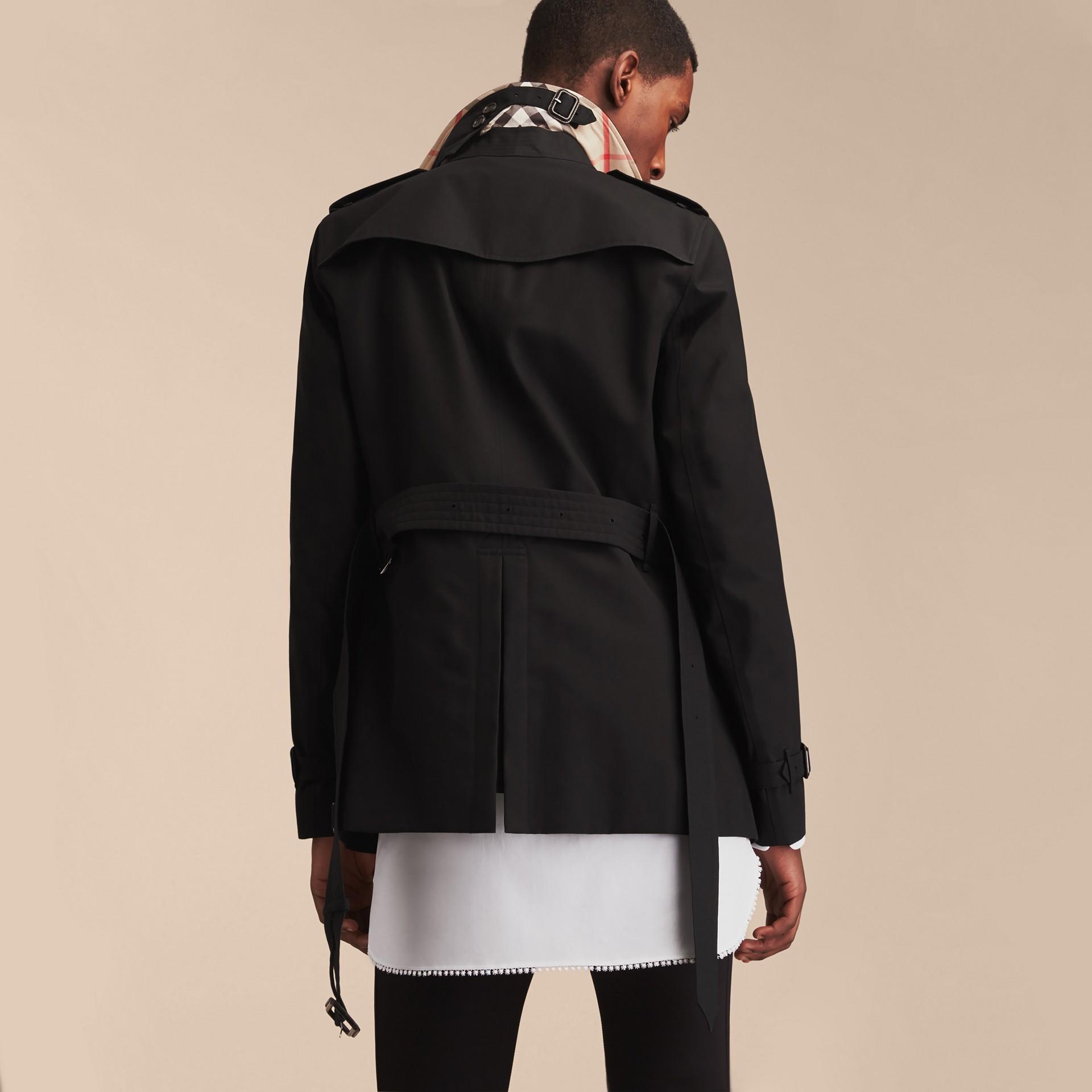 Negro Trench coat Chelsea – Trench coat Heritage corto Negro - imagen de la galería 4