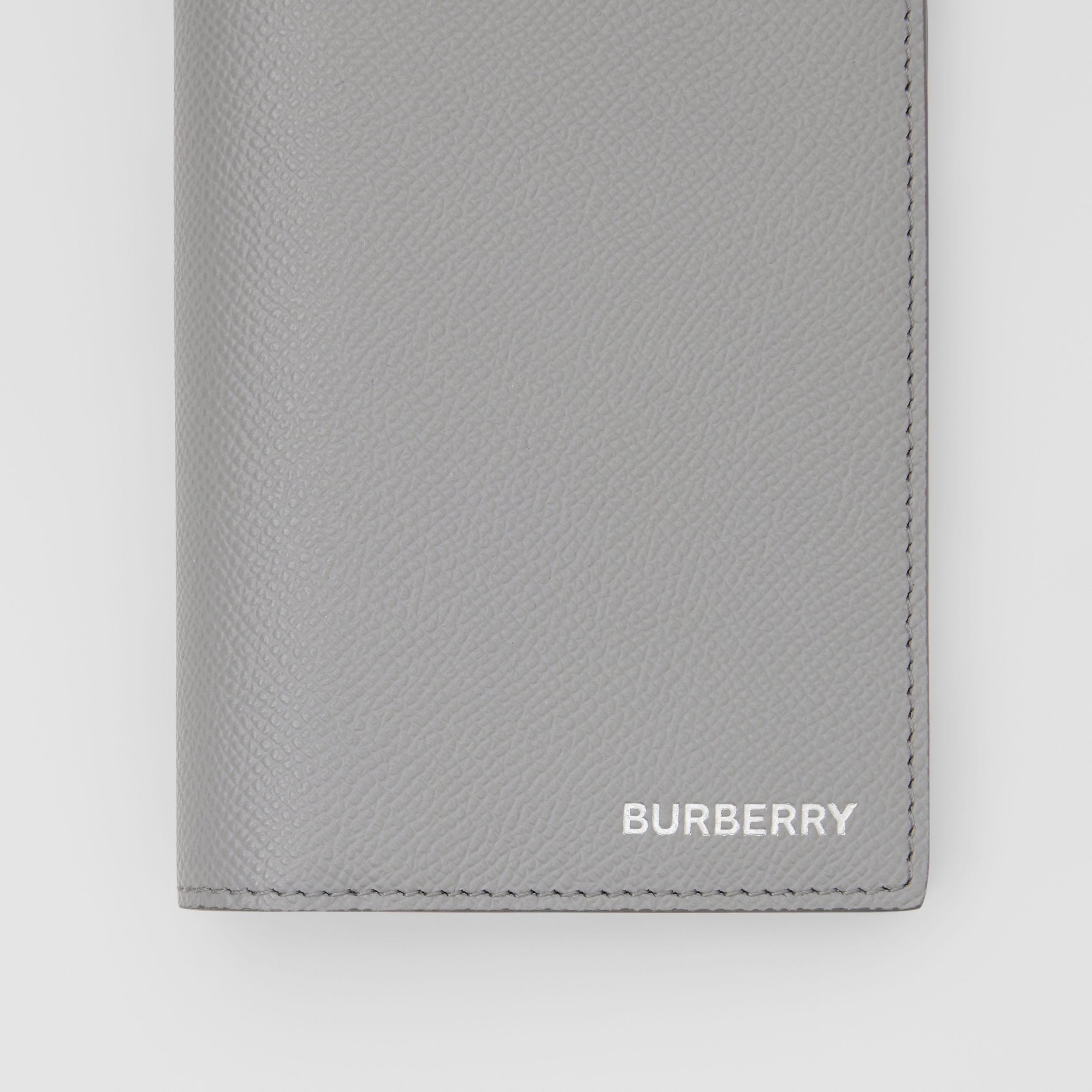 Grainy Leather Continental Wallet in Cloud Grey - Men | Burberry - 2