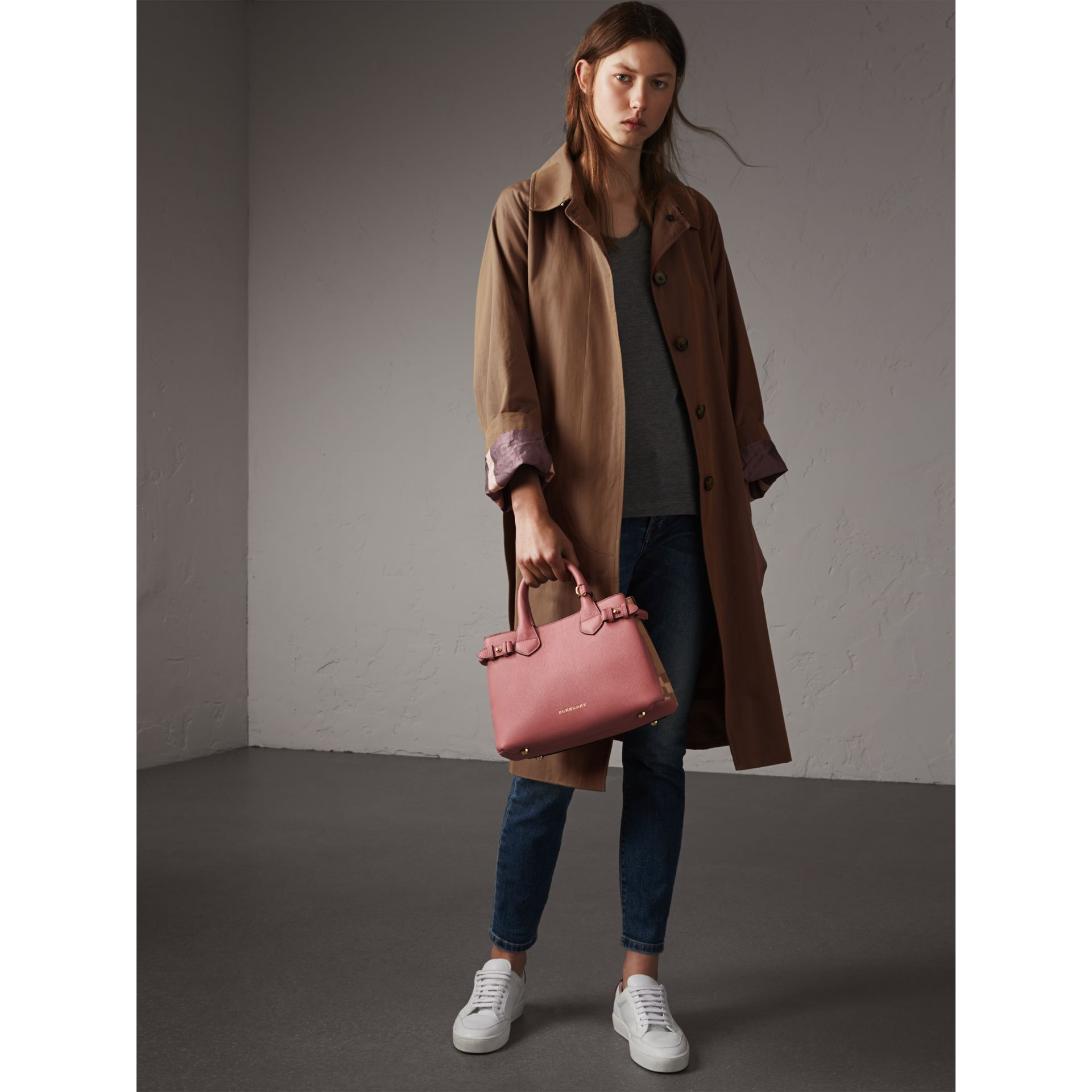 The Small Banner in Leather and House Check in Mauve Pink - Women | Burberry United Kingdom - gallery image 2