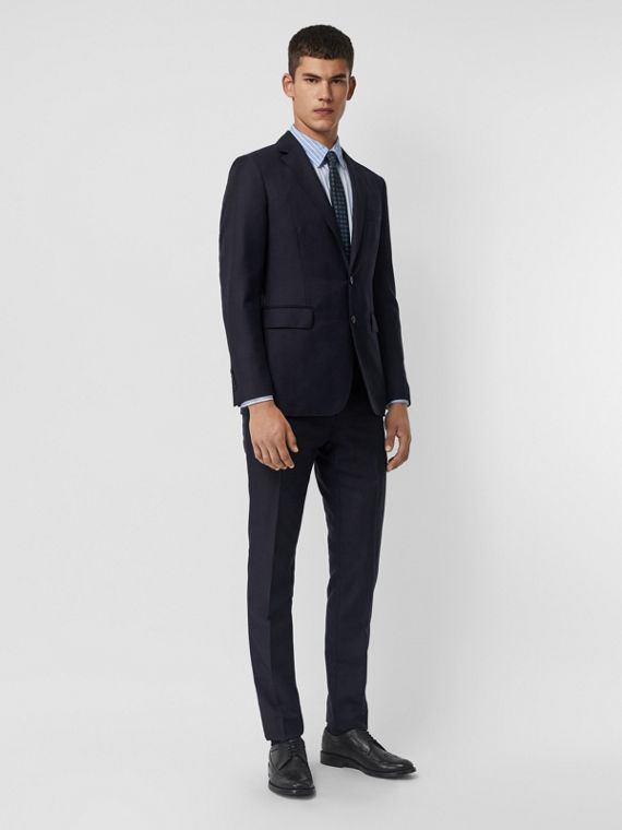 Slim Fit Wool Mohair Silk Suit in Navy