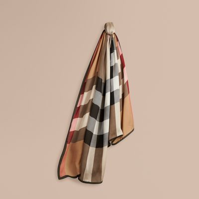 lightweight check silk scarf in camel burberry