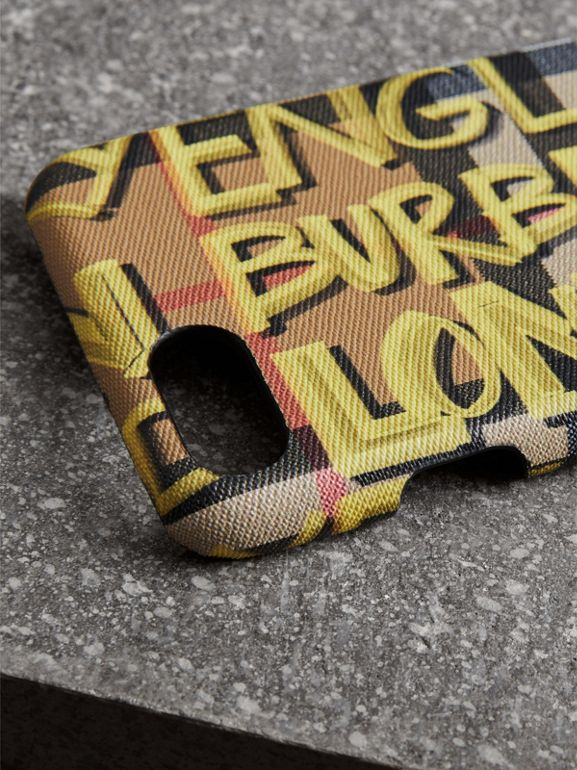Coque pour iPhone 8 en cuir à motif Vintage check et graffiti (Jaune) | Burberry - cell image 1