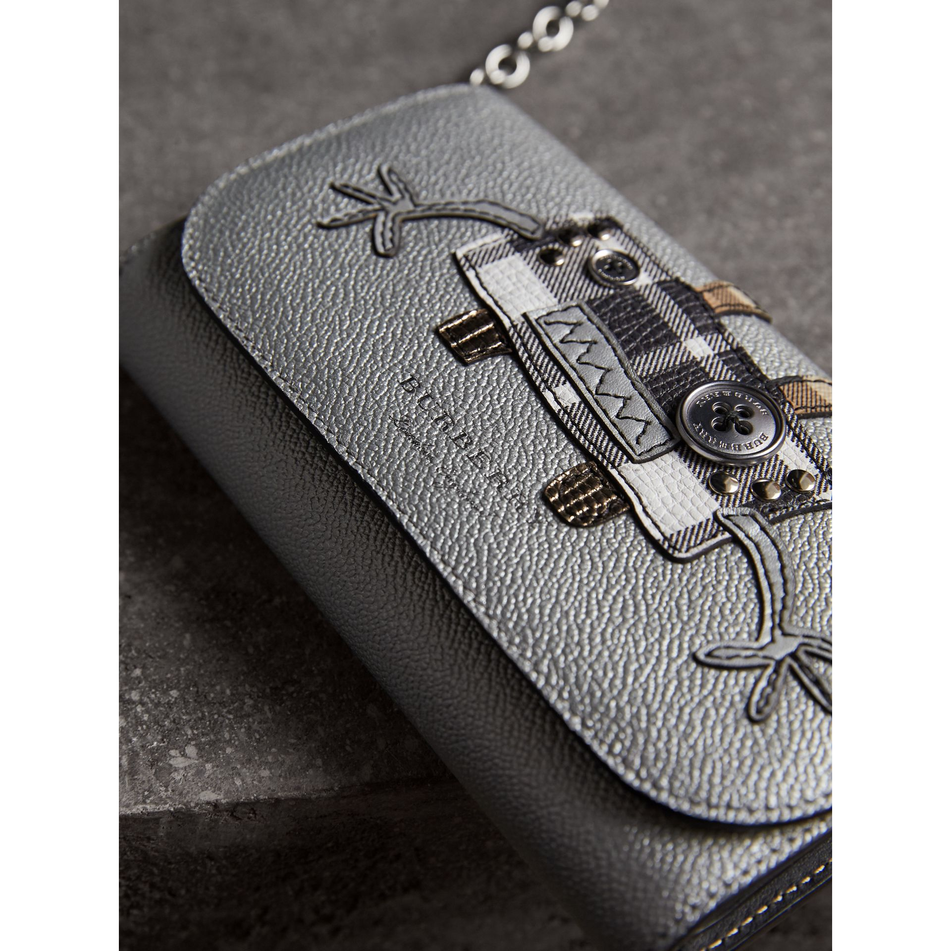 Creature Appliqué Metallic Leather Wallet with Chain in Silver/multicolour - Women | Burberry Singapore - gallery image 2