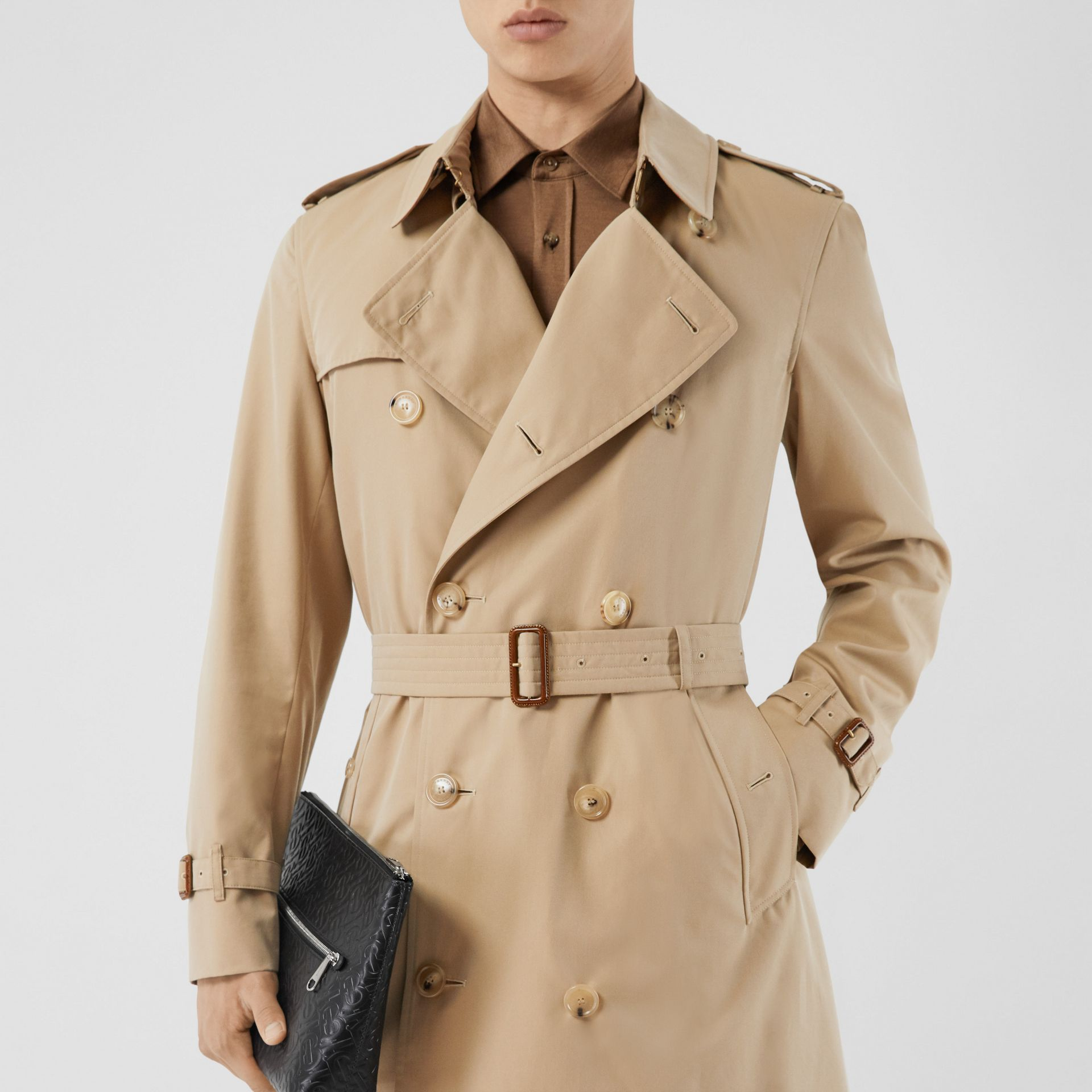 The Mid-length Chelsea Heritage Trench Coat in Honey - Men | Burberry - gallery image 8
