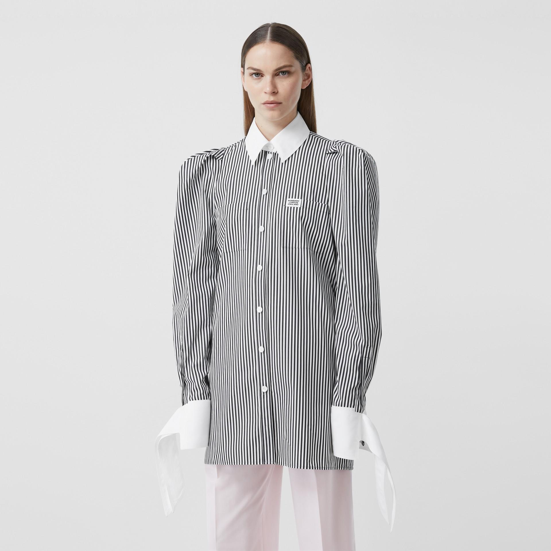 Vestido estilo camisa de popeline de algodão listrado com etiqueta de logotipo (Preto) - Mulheres | Burberry - galeria de imagens 5