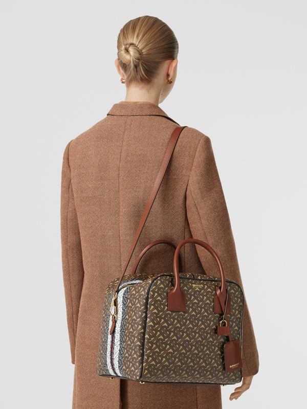 Borsa Cube media in e-canvas con stampa monogramma a righe (Marrone Redini) - Donna | Burberry - cell image 2