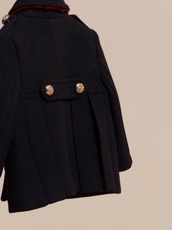 Azul marino Abrigo marinero militar en mezcla de lana y cachemir con detalles plisados - cell image 3