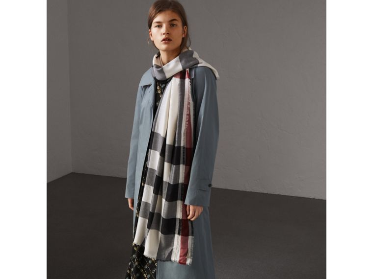 Lightweight Check Cashmere Scarf in Stone - Women | Burberry - cell image 2